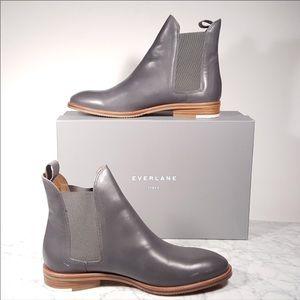 Everlane Modern Chelsea Boot  Size 9